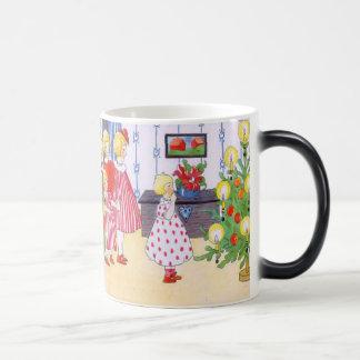 Children and the Christmas tree 11 Oz Magic Heat Color-Changing Coffee Mug