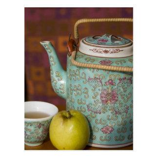 China, Hong Kong. Traditional Chinese teapot & 2 Postcard