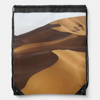 China, Inner Mongolia, Badain Jaran Desert Backpack