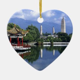 China Lake Ceramic Heart Decoration