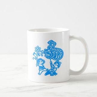 Chinese culture : dragon dance mugs