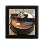 Chocolate cake jewelry boxes