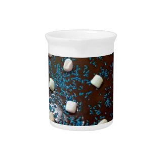 Chocolate cake pitcher