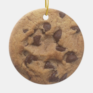 Chocolate chip cookie round ceramic decoration