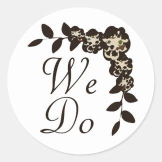 Chocolate Flower Round Sticker