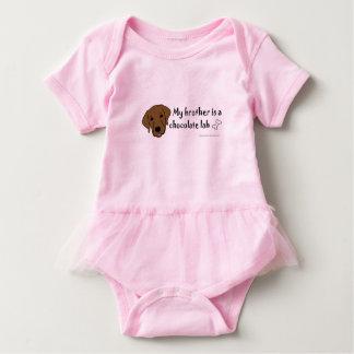 chocolate lab baby bodysuit