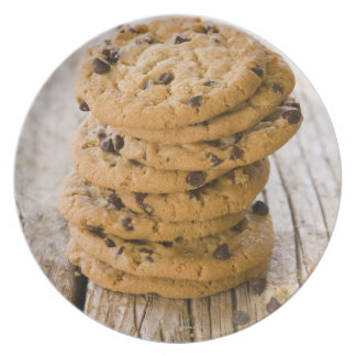 chocolte chip cookies 2 plate