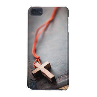 Christian Cross on Bible iPod Touch 5G Cover