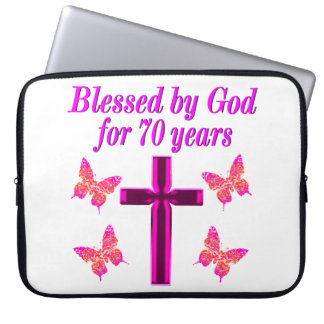 CHRISTIAN PINK 70TH BIRTHDAY CROSS DESIGN LAPTOP SLEEVE