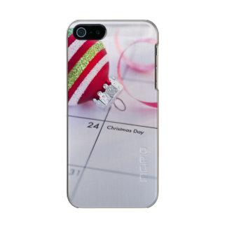 Christmas bauble on calendar incipio feather® shine iPhone 5 case