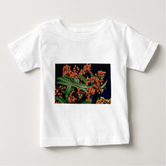 Christmas berry tree (Schinus terebinthifolius) T-shirts