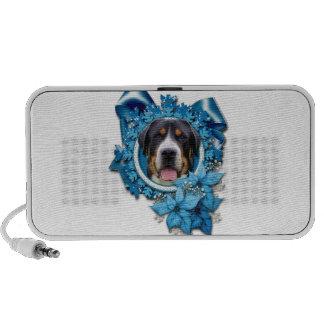 Christmas - Blue Snowflakes - Swiss Mountain Dog iPod Speaker
