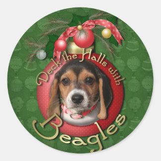 Christmas - Deck the Halls - Beagles Round Sticker