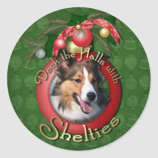 Christmas - Deck the Halls - Shelties Round Sticker