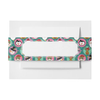 Christmas faces pattern invitation belly band