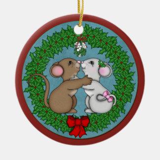 Christmas Mice under mistletoe Round Ceramic Decoration