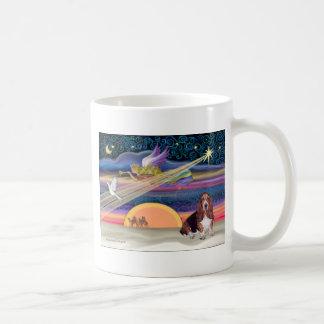 Christmas Star - Basset Hound 1 Basic White Mug