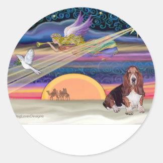 Christmas Star - Basset Hound 1 Classic Round Sticker