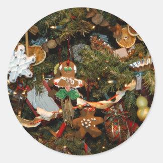 Christmas tree ginger man decoration round sticker