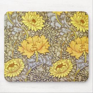 chrysanthemum by William Morris Mouse Mat