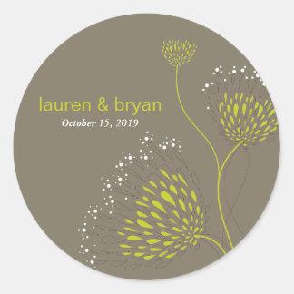Chrysanthemum Flowers Floral Elegant Wedding Party Round Sticker