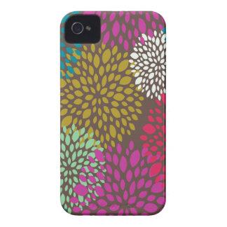 Chrysanthemum Splash iPhone 4 Case-Mate Case