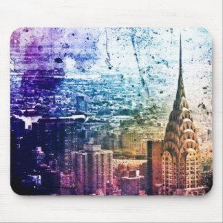 Chrysler Building - Paint Splattered - New York Mouse Mat