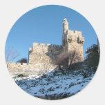 Cidade Velha de Jerusalém debaixo de neve Round Sticker
