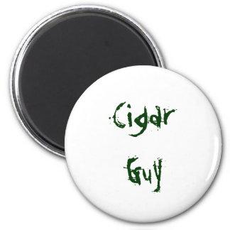 cigar guy 6 cm round magnet