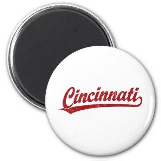 Cincinnati script logo in red 6 cm round magnet