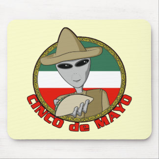 Cinco de Mayo Alien T-shirts and Gifts Mouse Pad