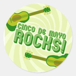 Cinco de Mayo Rocks! Round Sticker