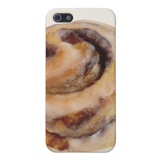 Cinnamon Roll iPhone 5 Cases