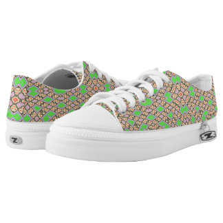 Circle and square pattern printed shoes