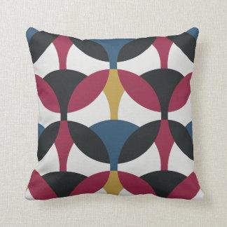 Circle Connect Twist Retro Throw Pillow Home Decor