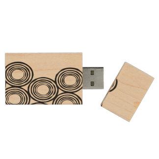 Circled Wood USB 2.0 Flash Drive