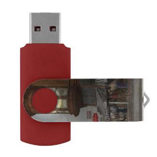City - Dillon, Montana - Today's my day off - 1942 Swivel USB 2.0 Flash Drive