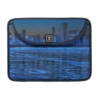 City of broad shoulders and lake Michigan Sleeve For MacBooks