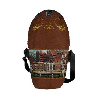 City - Pittsburg Pa - Fort Pitt Blvd Messenger Bag
