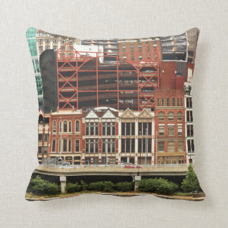 City - Pittsburg Pa - Fort Pitt Blvd Throw Cushion
