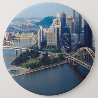 CITYSCAPE-BRIDGES 6 CM ROUND BADGE