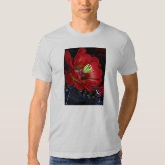 Claret cup cactus (Echinocereus triglochidiatus) Tee Shirts
