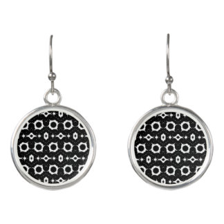 Classic black and white design earrings