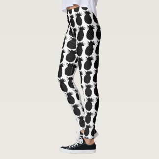Classic Black and White Pineapple Pattern Leggings