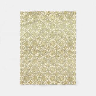 Classic Celtic Knot Wedding Gold & Green pattern Fleece Blanket