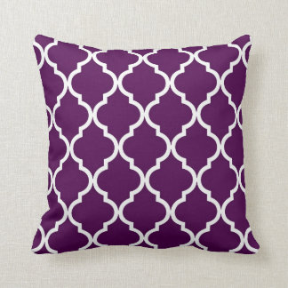 Classic Quatrefoil Pattern Plum and White Cushion
