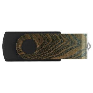 Classic rich wood grain USB flash drive
