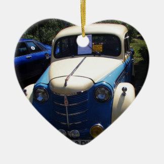 Classic Saloon Car Ceramic Heart Decoration
