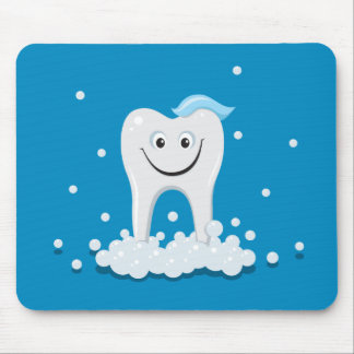 Clean happy tooth with bubbles mousepad