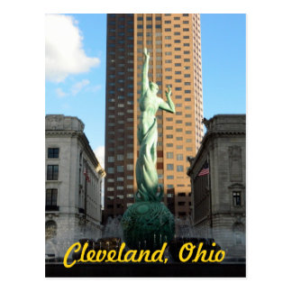 Cleveland, OH Fountain in Sunshine Postcard